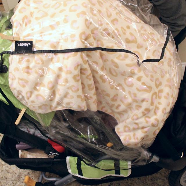 How Can I Tell If My Baby is Cold - Covered Stroller