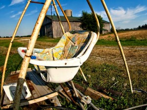 How to Choose a Baby Swing